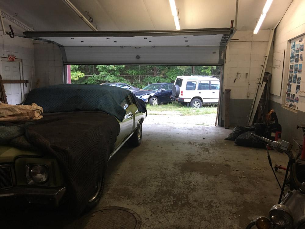 garage bay