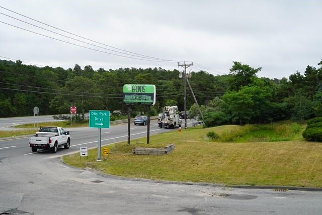 signage along highway