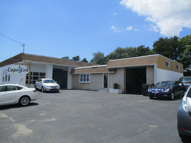455 Yarmouth Rd, Hyannis, MA: 3,492+/- Sq. Ft. Automotive-Use Industrial Building for Lease