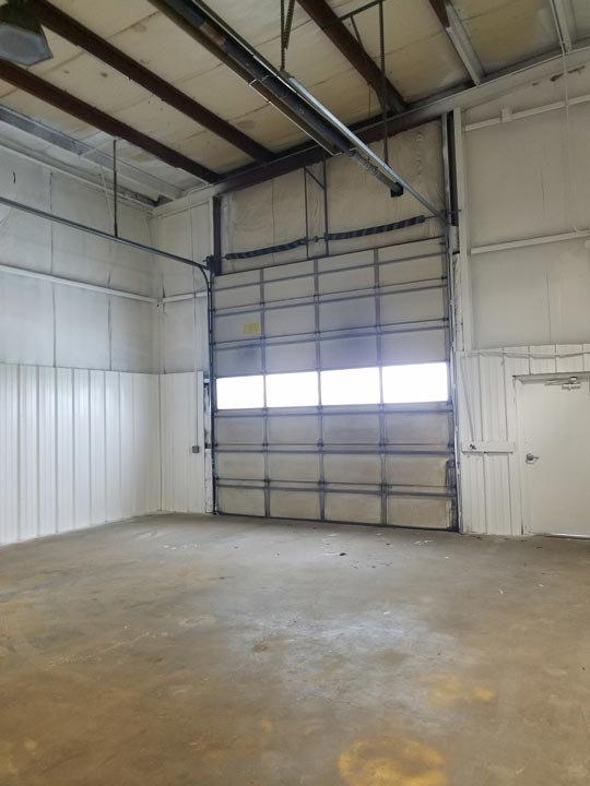 1,200+/- Sq Ft Commercial Bay Space For Lease
