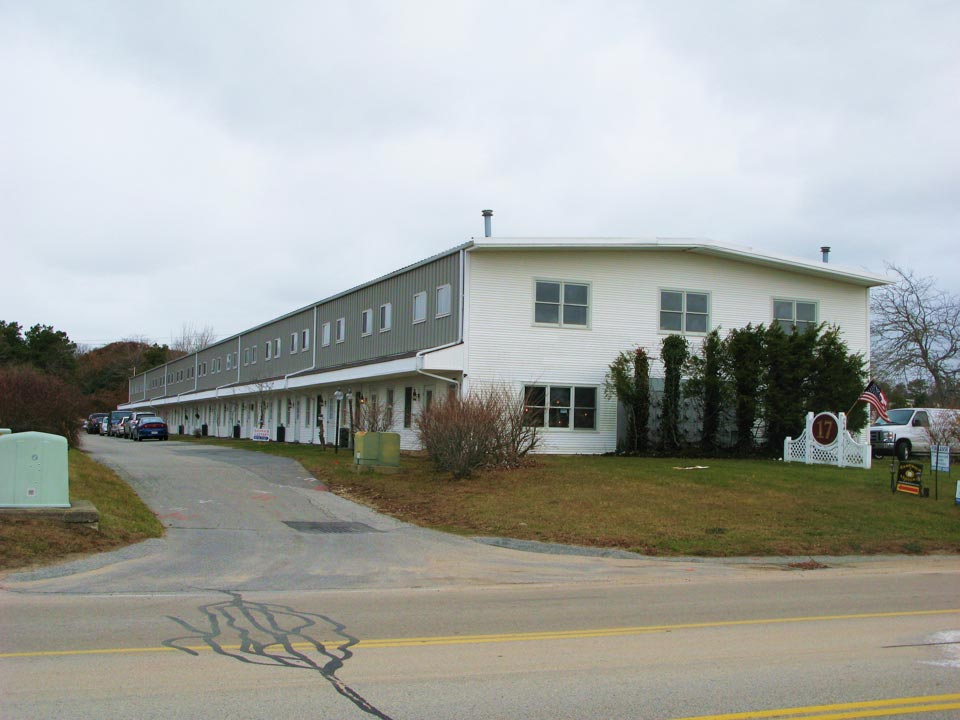 1,000 Sq Ft High Bay Industrial Unit For Lease, Sandwich, Cape Cod