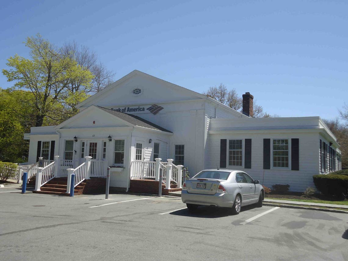 High-Visibility Commercial Building for Sale in Yarmouth Port, Cape Cod