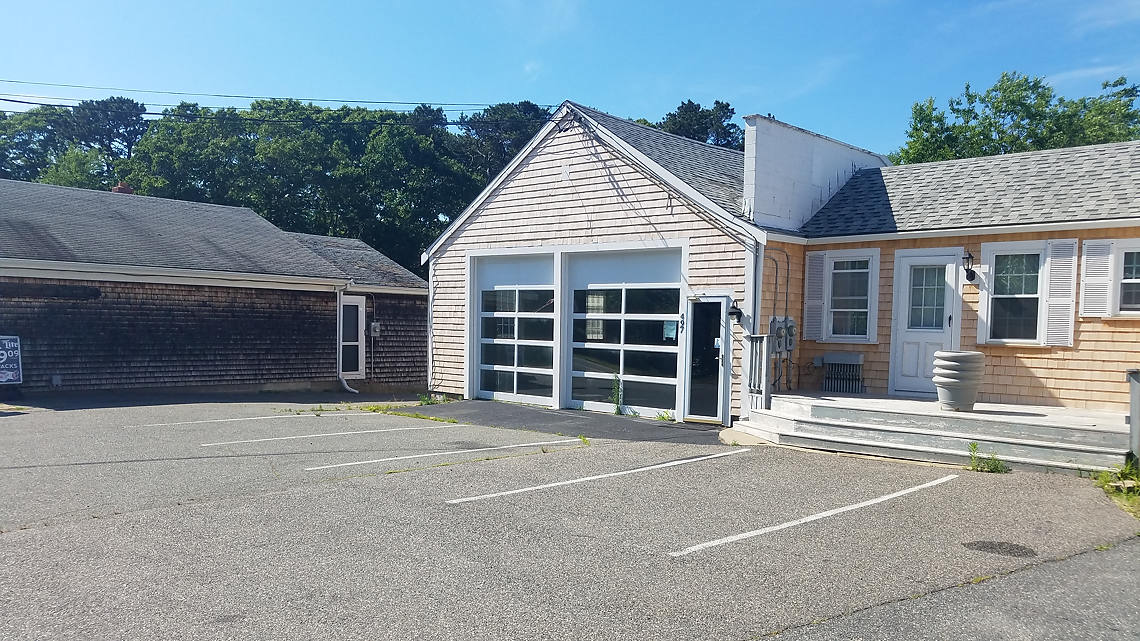 497 Route 6A, Sandwich, MA: 1,000+/- Sq. Ft. Retail / Commercial Space for Lease